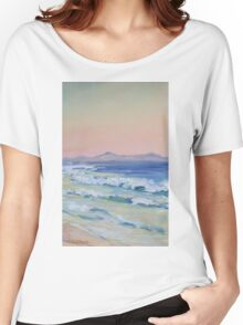 Rainbow Beach looking north at dusk Women's Relaxed Fit T-Shirt