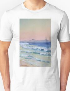 Rainbow Beach looking north at dusk Unisex T-Shirt