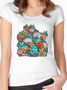 Spider Mum Garden Women's Fitted Scoop T-Shirt