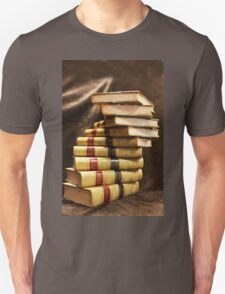 The beauty that is antique books T-Shirt