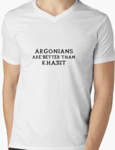 Argonians are better than Khajiit Mens V-Neck T-Shirt