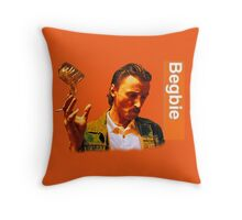 Begbie throws Glass of Beer - Scene from Trainspotting T-Shirt Throw Pillow