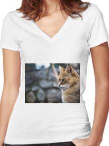 Wild cat Women's Fitted V-Neck T-Shirt
