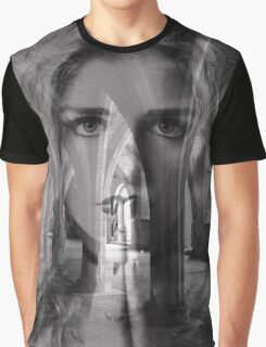 A face in the crypt Graphic T-Shirt