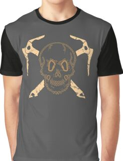 Skull and Cross Axes Graphic T-Shirt