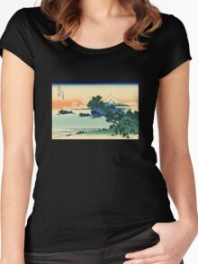 'Shichiri Beach in Sagami Province' by Katsushika Hokusai (Reproduction) Women's Fitted Scoop T-Shirt