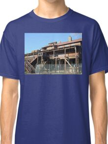 Rusty Duck Restaurant and Saloon, Closed Classic T-Shirt