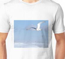Windswept snowy owl Unisex T-Shirt