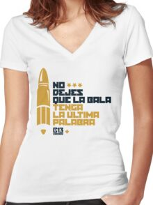 La bala Women's Fitted V-Neck T-Shirt
