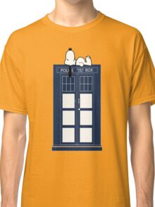 Snoopy / Dr. Who Classic T-Shirt