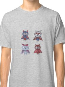 Two smart owls Classic T-Shirt