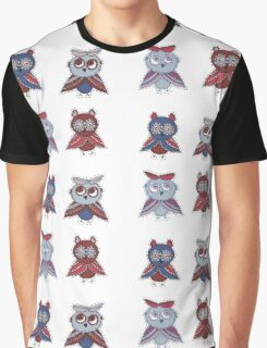 Two smart owls Graphic T-Shirt