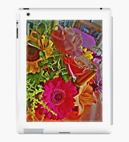 Two Roses 2 iPad Case/Skin
