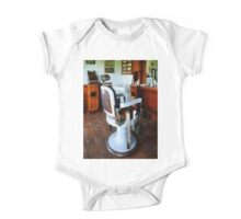 Barber Chair And Cash Register One Piece - Short Sleeve