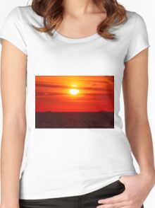 Toward The Horizon Women's Fitted Scoop T-Shirt