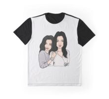 kylie and kendall jenner Graphic T-Shirt