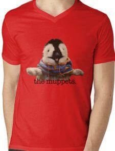 Gloria Estefan Mens V-Neck T-Shirt