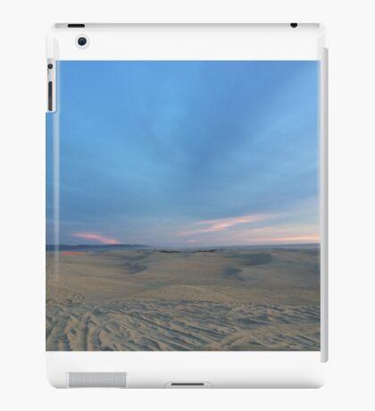 Endless Dunes iPad Case/Skin