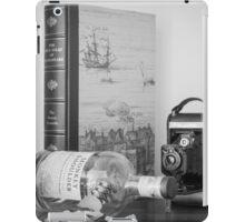 Reading Shakespeare iPad Case/Skin