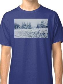 fence frost Classic T-Shirt