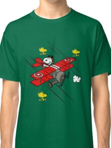 snoopy flaying Classic T-Shirt