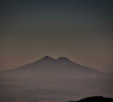 Mountain in the Dark - El Pital by Natsumeshin