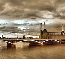 Battersea Power Station by SussexScenictys
