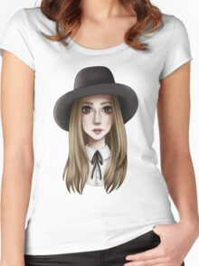 COVEN Women's Fitted Scoop T-Shirt
