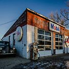 Vintage cars and gas station in rural Illinois  by Sven Brogren