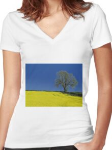 The Oak Tree ( Landscape ) Women's Fitted V-Neck T-Shirt