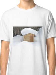 Snow on the roof Classic T-Shirt