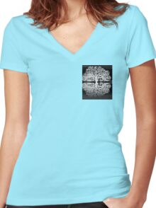 Serenity Tree Women's Fitted V-Neck T-Shirt