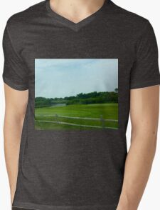 Hamptons Greenery with Fence Mens V-Neck T-Shirt