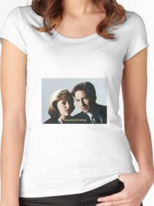 Mulder and Scully  Women's Fitted Scoop T-Shirt