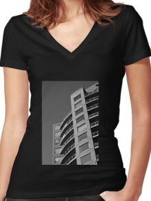 HIghrise BW Women's Fitted V-Neck T-Shirt