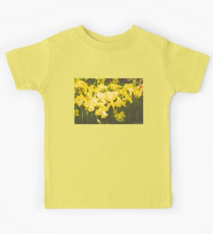 Impressions of Gardens - Golden Daffodil Blooms Kids Tee