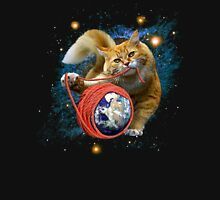 Kitty's got the world in her paws Unisex T-Shirt