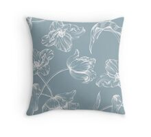 Tulip design china blue Throw Pillow