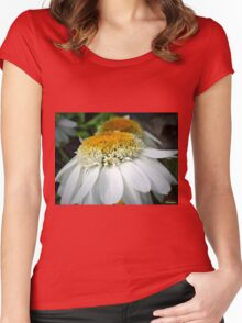 Just One Petal Out Of Place Daisy.... Women's Fitted Scoop T-Shirt