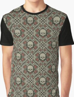 Skulls and roses Graphic T-Shirt