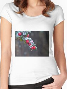 Red Berries With Frost Women's Fitted Scoop T-Shirt