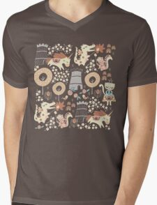 Animal Kingdom  Mens V-Neck T-Shirt