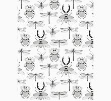 seamless pattern with various hand drawn insects Classic T-Shirt