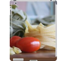 Pasta con Pomodoro 2  iPad Case/Skin