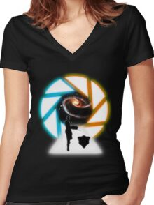 Space Portal Women's Fitted V-Neck T-Shirt