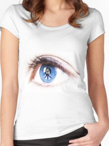 Peace sign on retina of woman  Women's Fitted Scoop T-Shirt