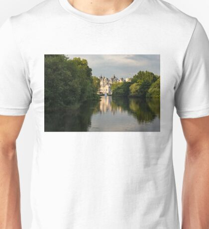 St James's Park Lake Reflections, London UK - Green, Gray and Beautiful Unisex T-Shirt