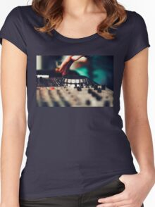 Club DJ playing mixing music on vinyl turntable Women's Fitted Scoop T-Shirt