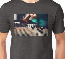Club DJ playing mixing music on vinyl turntable Unisex T-Shirt