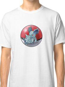 Nidorina pokeball - pokemon Classic T-Shirt